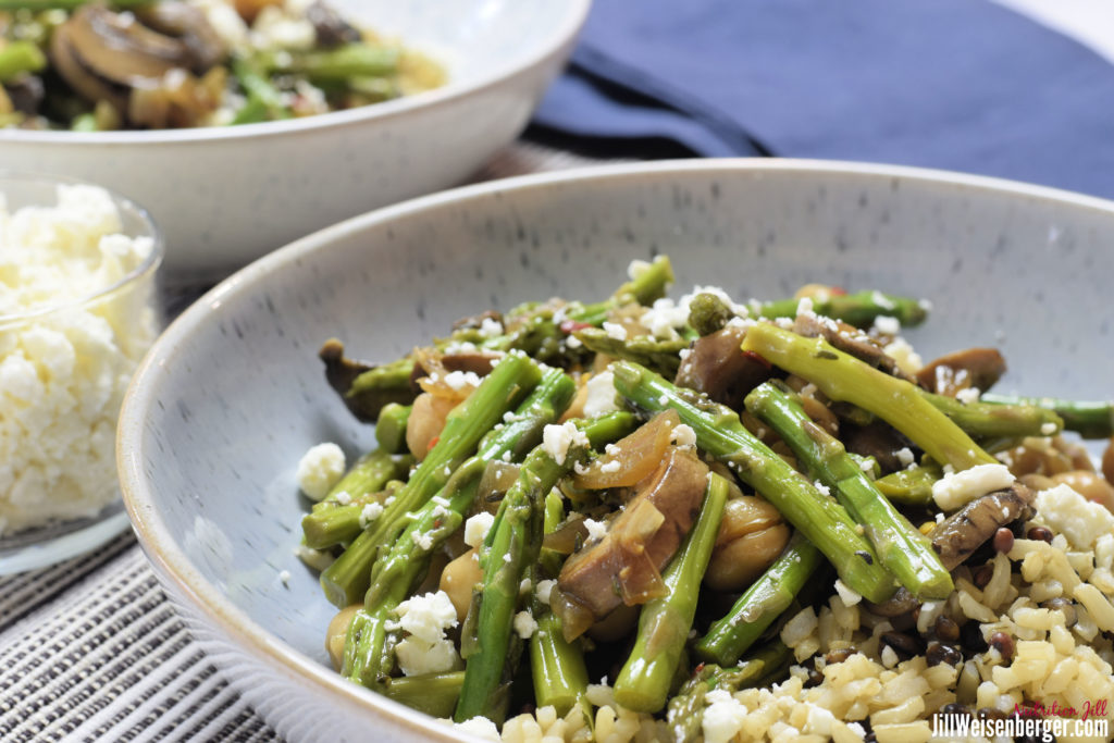 Easy Chickpea Bowl with Asparagus, Mushrooms and Feta