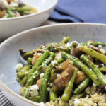 Bowl with chickpeas, asparagus, mushrooms and feta cheese