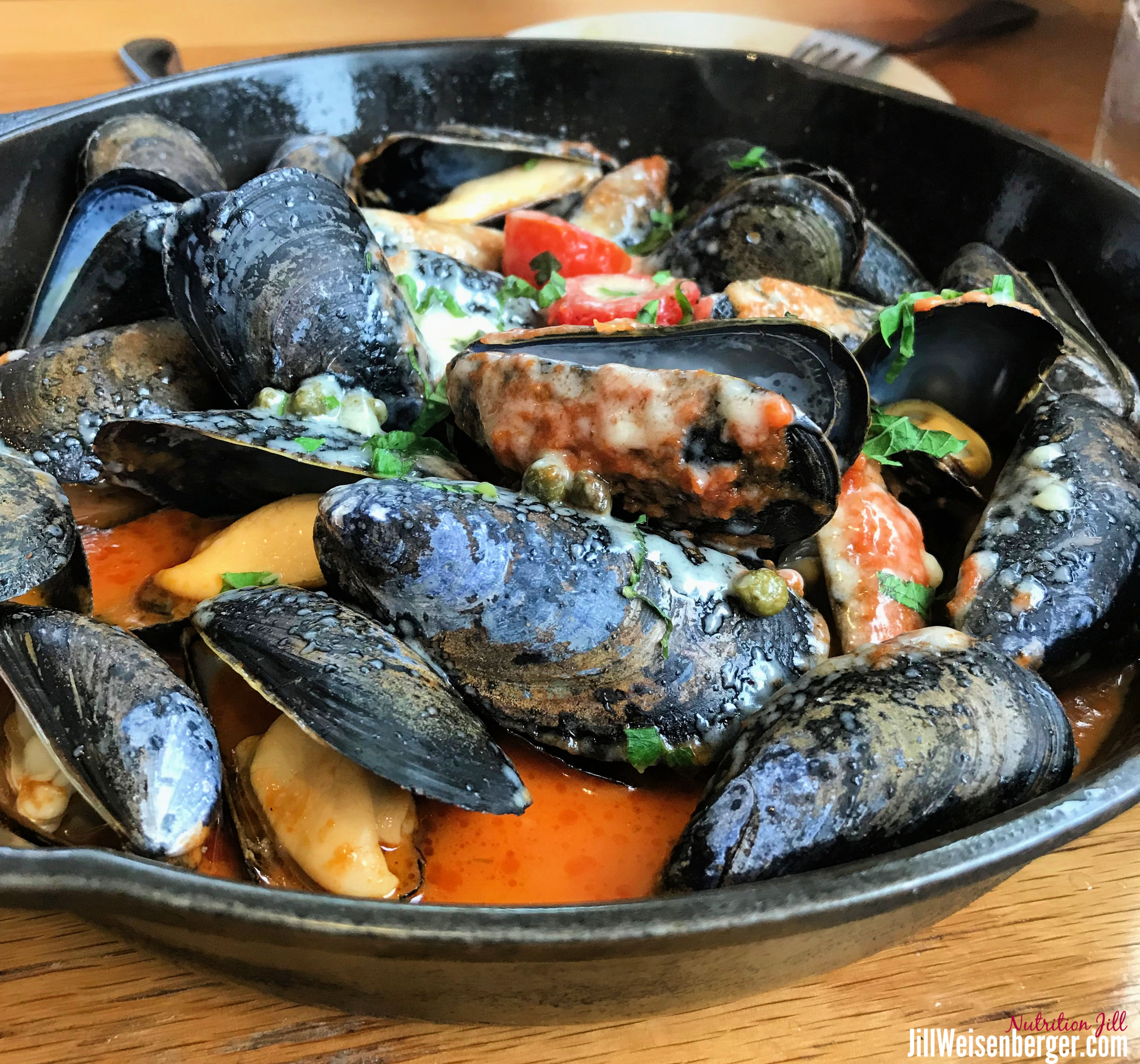 eating out healthy with mussels