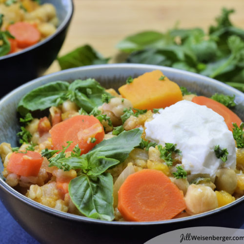 Chickpea and farro vegetarian one-pot meal
